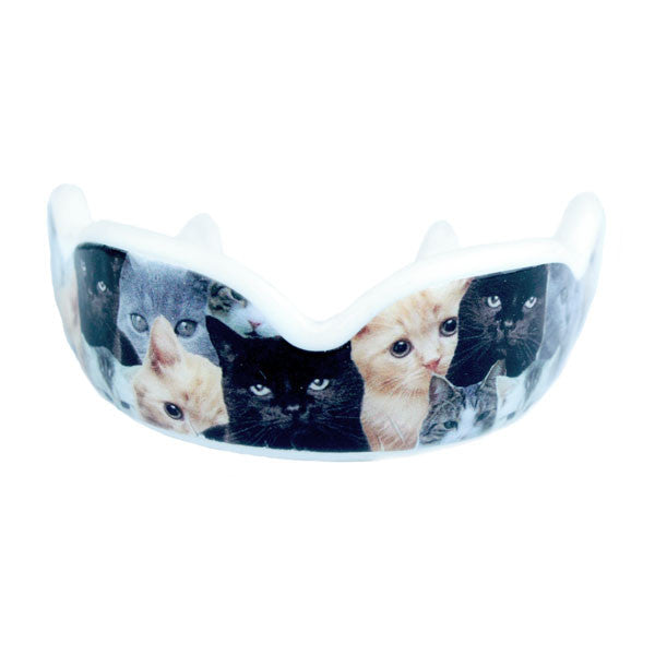 Cat mouthguard