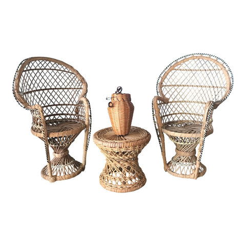 Small Wicker Dining Set Model - FREE SHIPPING!