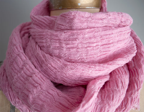 #33 Textured Linen Scarf - Naturally Dyed - Pink