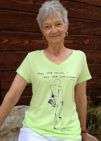 Women's Bamboo/Cotton V-Neck, Short Sleeve, Kiwi color, Sax design
