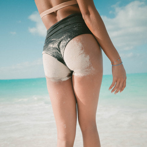 beach-ready-booty-butt-acne-clearing-techniques-bootyful-buttocks
