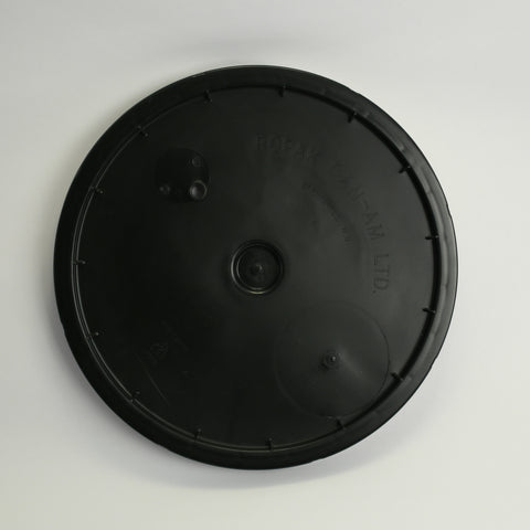 7.8 Gallon Bucket Lid Grommeted
