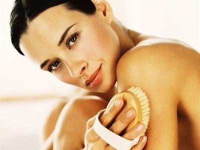 Dry Brushing to Wake Up Your Body