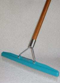 Grandi-Groom Carpet Rake
