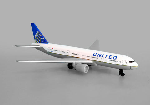 United Airlines B 777 Single Plane