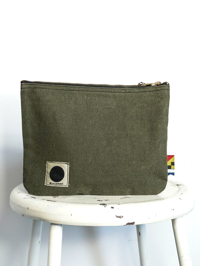 OLA Canvas Zip Pouch Olive