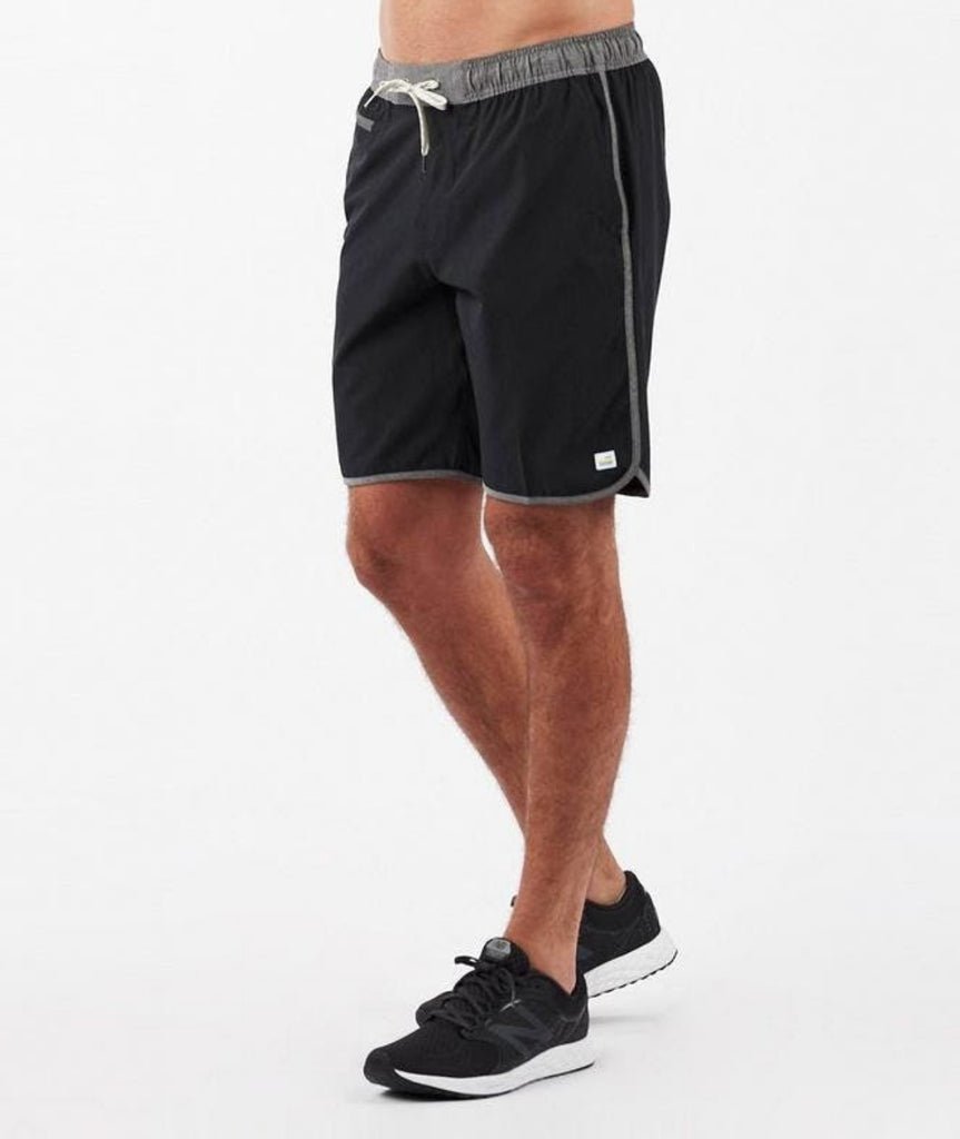 Vuori Banks Shorts Black Linen Texture