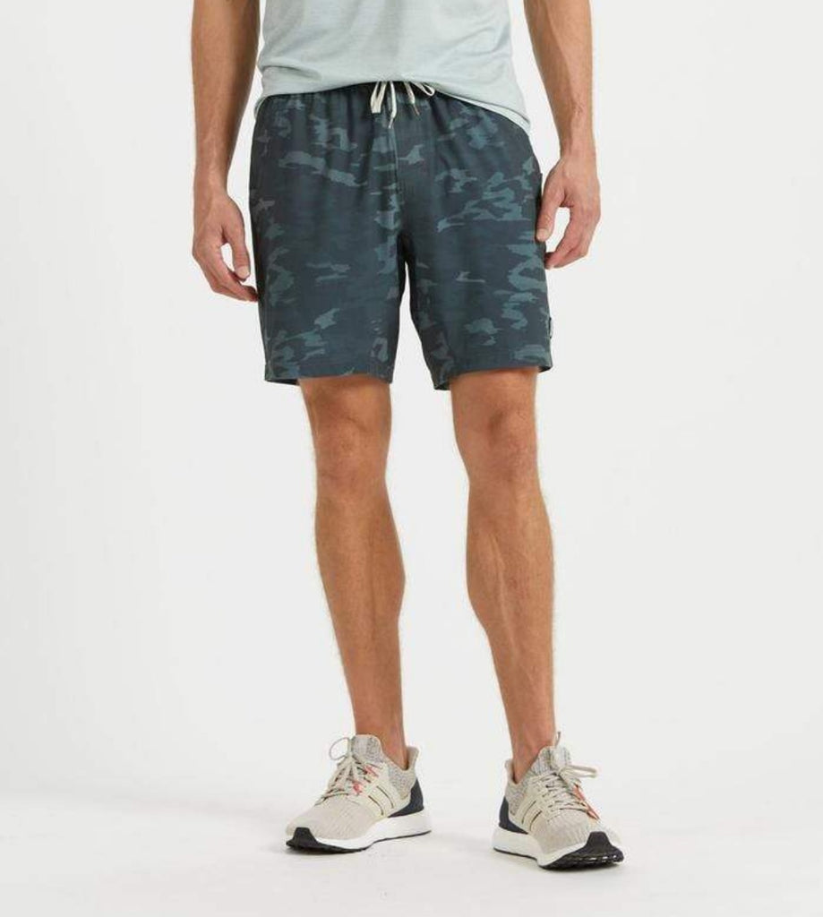 Vuori Kore Shorts Patina Watercolor Camo