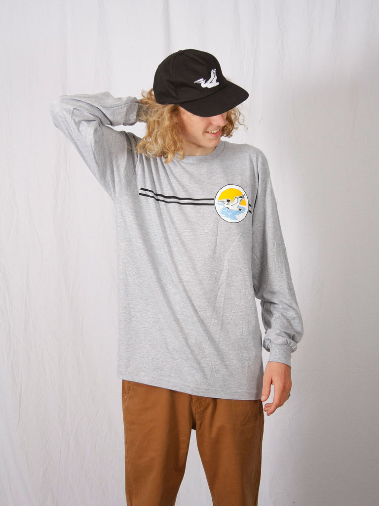 Sunset Circle Long Sleeve Tee Heather Athletic Grey