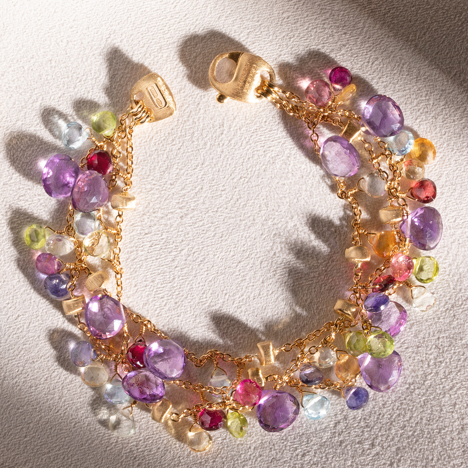 Products in the Bracelets collection