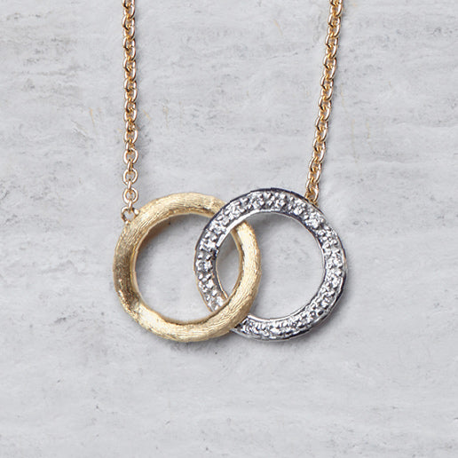 Delicati Gold &Diamond Circle Link Pendant