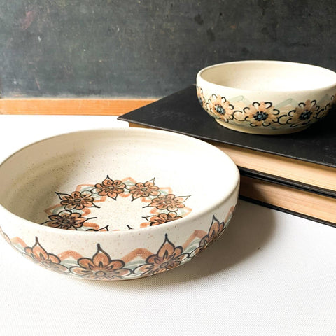 Vintage Stoneware Bowl Set, Retro Flowers