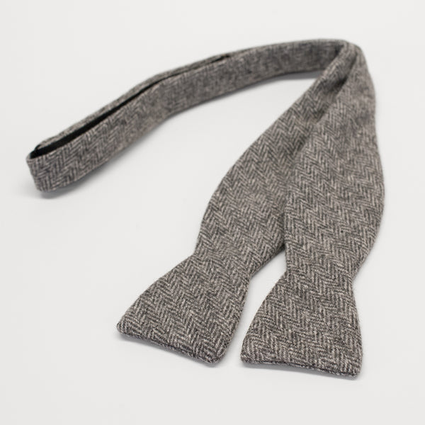 General Knot & Co. Heather Grey Bow Tie