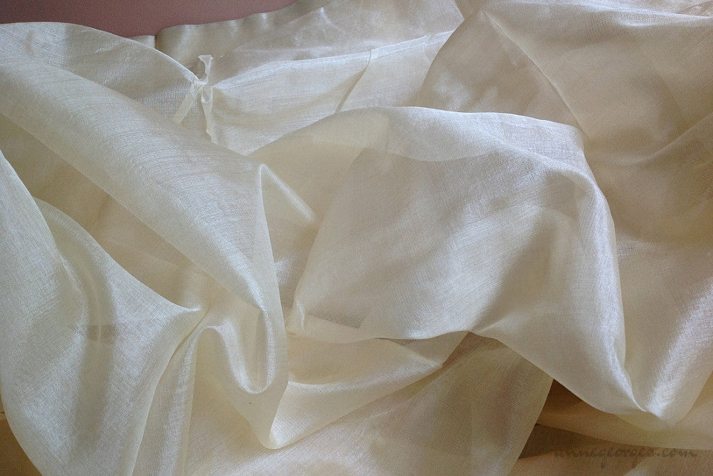 Peace Silk 40g (Natural Fabric Yardage & Bolts, Unbleached)