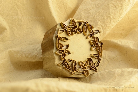Hand Block Printing Wooden-Metal Stamp with Floral Embossing ( Garden Wreaths 05 )