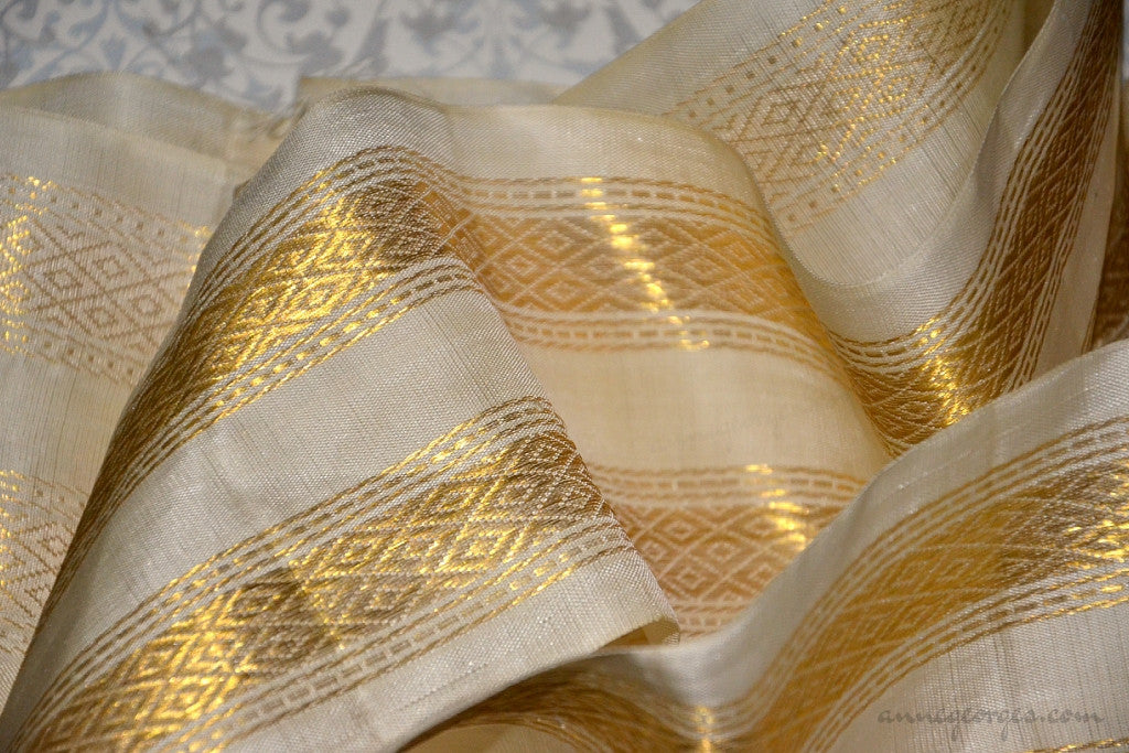 Handwoven Mulberry Silk Trim with Gold Brocade Thread. ( Temple Dancer Cream Diamonds Double Border )