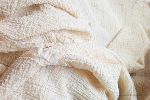 Handwoven Organic Cotton Fabric ( Crepe 20s, Unbleached Dyeable )