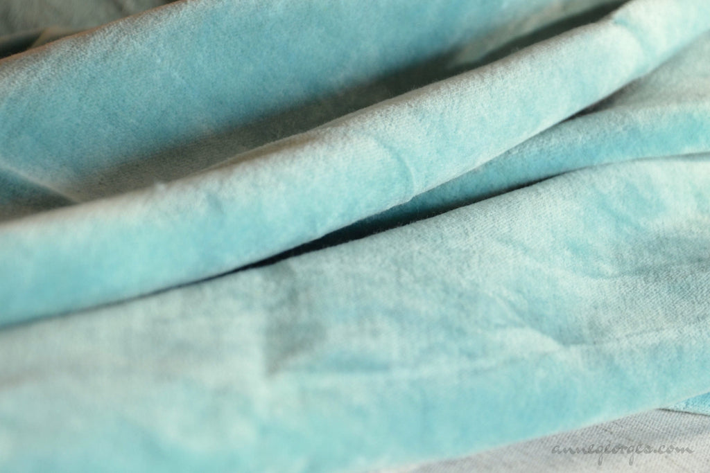 Organic Cotton Velvet Fabric - DOLCE VITA ( Old Mint )