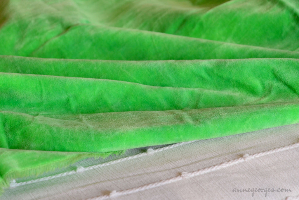 Organic Cotton Velvet Fabric - DOLCE VITA ( Parrot Green )
