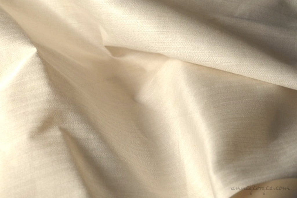 Eri Silk Herringbone (Natural Fabric Yardage & Bolts, Unbleached)