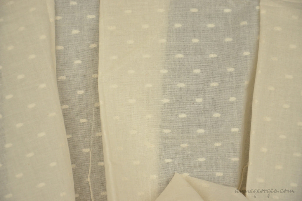 Organic Cotton Handwoven Fabric - LOOMSTATE ( Tiny Floral Medallions, Unbleached Dyeable )