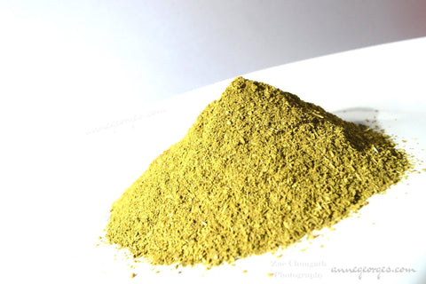 Henna. Lawsonia Inermis.  Natural dye Powder for fabric, paper & soaps. Orangey reds and tans.