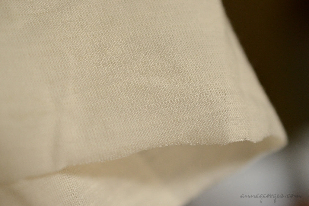 Lambswool + Silk Knit Jersey Fabric - NATURAL BLENDS ( Lambswool + Silk Knit, Unbleached Dyeable )