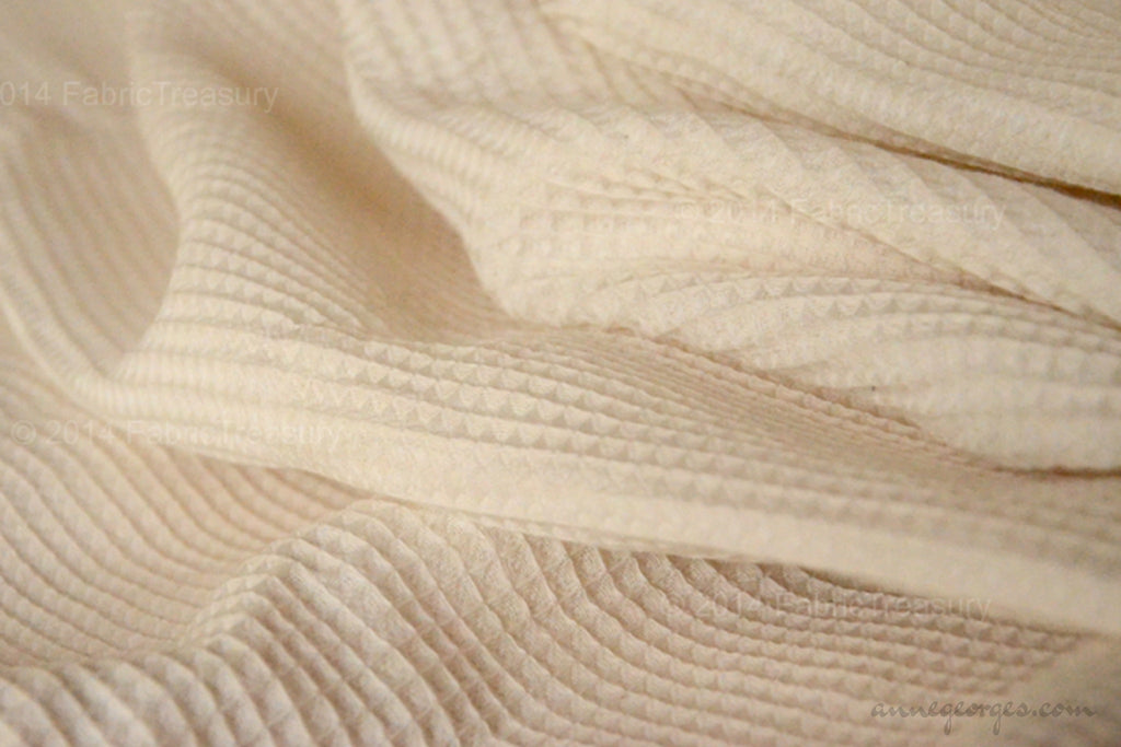 Organic Cotton Handwoven Fabric - LOOMSTATE ( Waffle Cloth, Unbleached Dyeable )