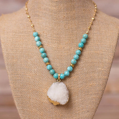"18"" Beaded Necklace with Druzy Pendant"