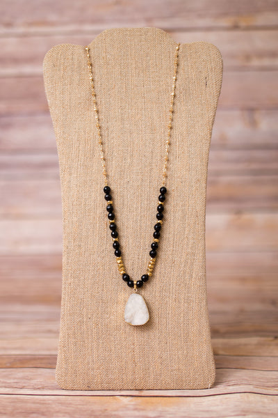 Druzy Pendant Gold Plated Beaded Necklace - Swara Jewelry