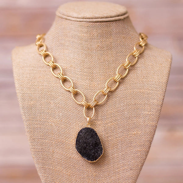 Chunky Necklace with Druzy Pendant