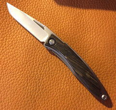Chris Reeve Mnandi, Inlay Bog Oak, Drop Point, (right hand), MNA-1000