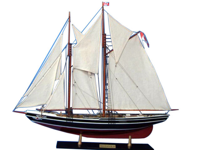 Wooden Bluenose 2 Limited Model Sailboat Decoration 35 inch
