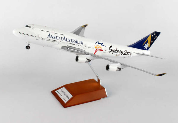DW - ANSETT AUSTRALIA COMMERCIAL DISPLAY AIRCRAFT  SCALE: 1/200 - My Parlor Room
