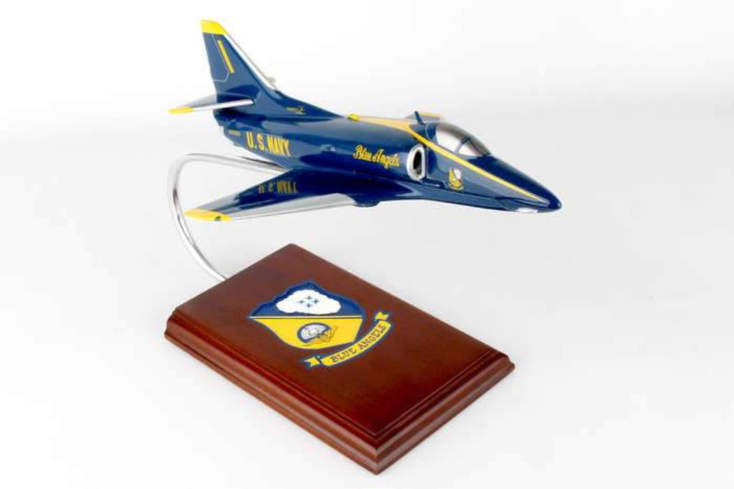 A-4F SKYHAWK BLUE ANGELS 1/48
