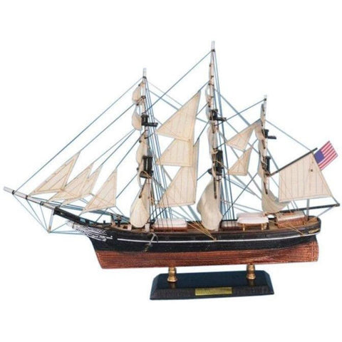 Model Ships - Flying Cloud Limited Tall Model Clipper Ship 21 Inch