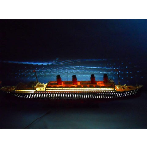 Model Ships - RMS Aquitania Limited 50 Inch W/ LED Lights Model Cruise Ship