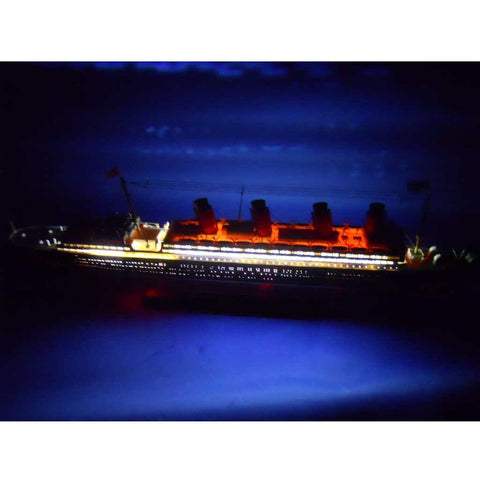 Model Ships - RMS Lusitania Limited Model Cruise Ship With LED Lights 30 Inch