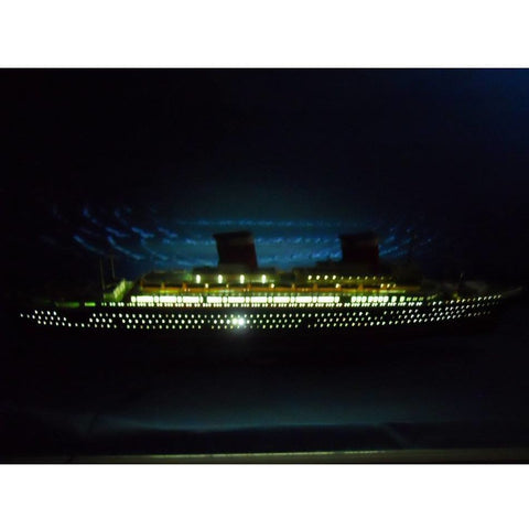 Model Ships - SS United States Limited 50 Inch W/ LED Lights Model Cruise Ship
