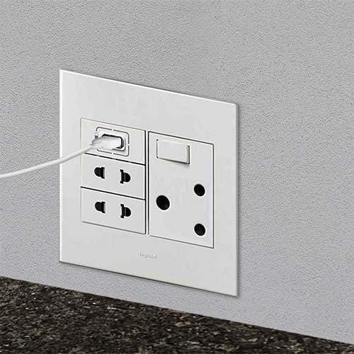 Legrand Arteor 1 X Usb Socket White Livecopper
