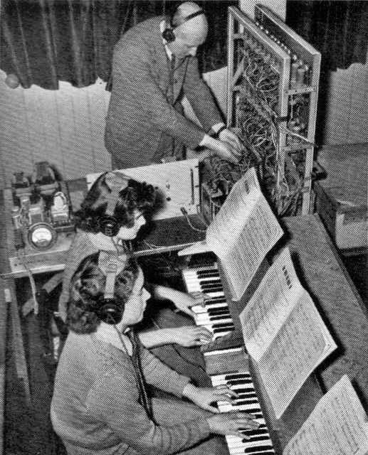GORDON AND HIS AMAZING ORGAN BEING HELPED BY MULLARD