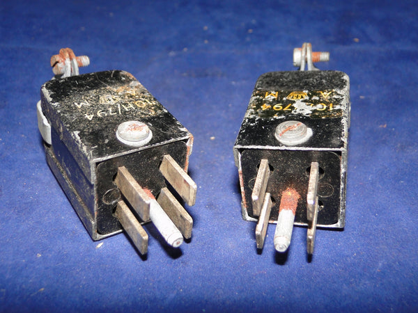 10H/437, 4 PIN MALE , JONES PLUG, CABLE MOUNT,  T1154 , J SWITCH