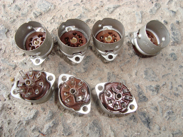 BROWN MICANOL MCMURDO B7G VALVE BASES VALVE BASES NEW UNUSED - MULLARD MAGIC