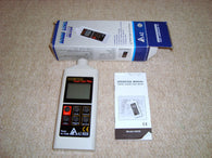 AZ INSTRUMENTATION DIGITAL SOUND LEVEL METER MODEL 8928