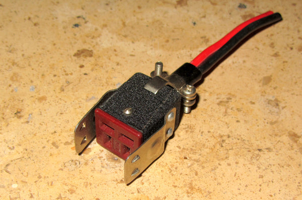 NTK 4 PIN FEMALE MINI JONES PLUG AS USED FOR POWER PLUG FOR YAESU RIGS