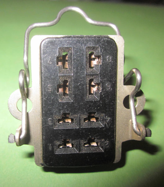 MINIATURE JONES PLUG, 8 PIN FEMALE FOR EMS SYNTHI-A, EMS SYNTHI-AKS, EMS SEQUENCER, VCS3, DKS1/2,