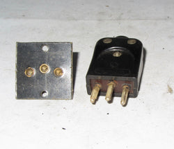 3 PIN BAKELITE PLUG & SOCKET FROM 1933