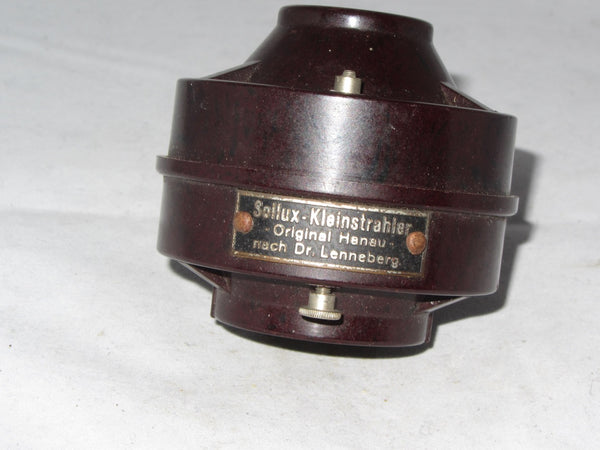 SOLLUX KLEINSTRAHLER, MEDICAL HEAD LAMP BULB HOLDER IN BAKELITE 1930S