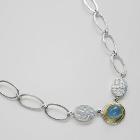 Aquamarine hammered loopy necklace