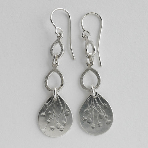 Flower teardrop earrings